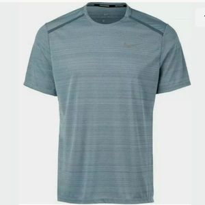Nike Dri-Fit MILER Reflective Breathable Running